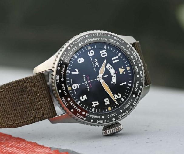 北京万国服务中心帮你维修万国手表