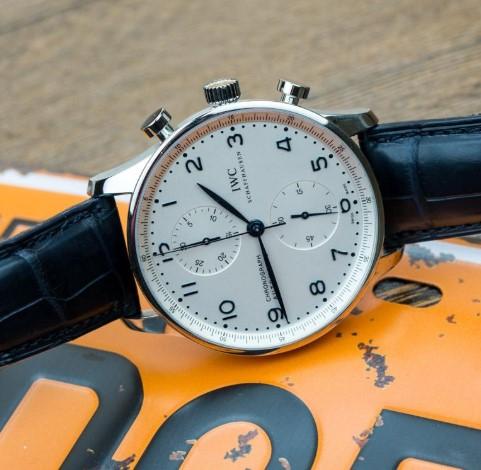 北京万国维修服务中心教你保养万国手表