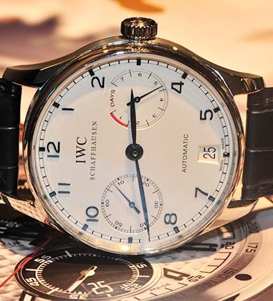 万国手表的表壳