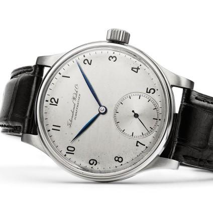 北京万国手表维修服务中心教你处理万国手表常见的问题